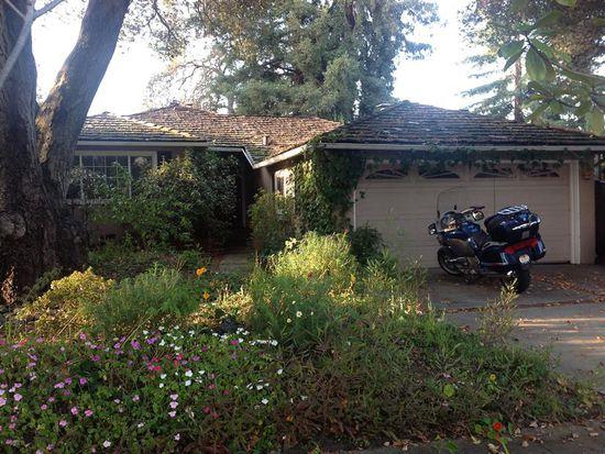 1716 Rosemary Ln, Redwood City, CA 94061