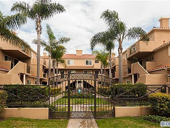 626 Lake St APT 49, Huntington Beach, CA 92648