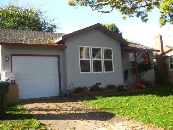 4902 A St, Sacramento, CA 95819