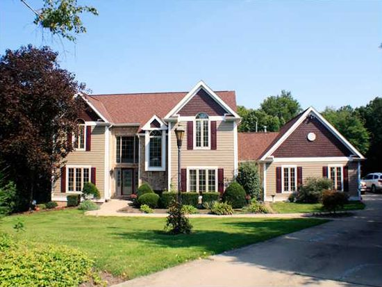 124 Northbrook Dr, Gibsonia, PA 15044