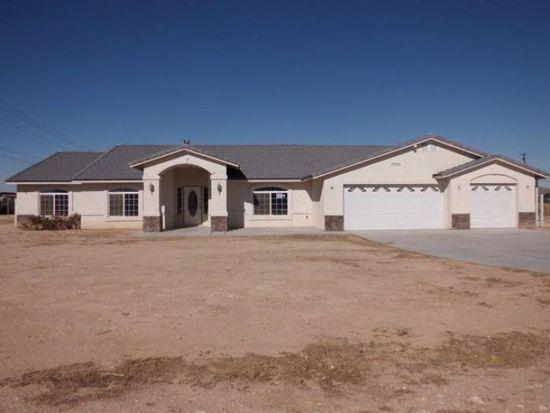 14966 Blackfoot Rd, Apple Valley, CA 92307