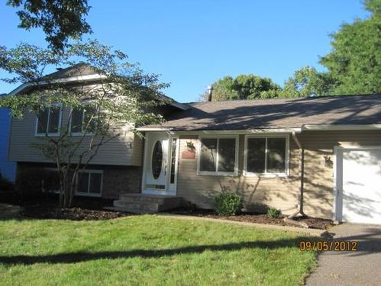 7430 Berkshire Way, Maple Grove, MN 55311