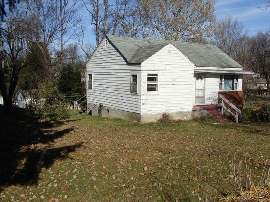 118 Adkins Ave, Oak Hill, WV 25901
