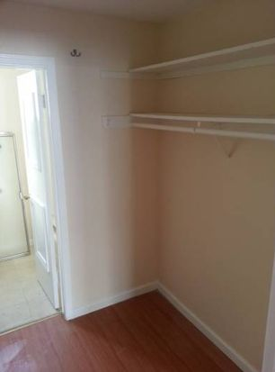 11841 Mayfield Ave APT 9, Los Angeles, CA 90049