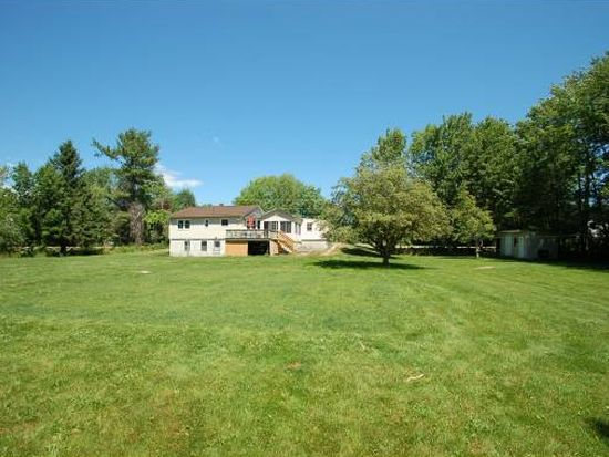 1213 White Mountain Hwy, Milton, NH 03851
