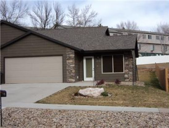 1816 Red Dale Dr, Rapid City, SD 57702