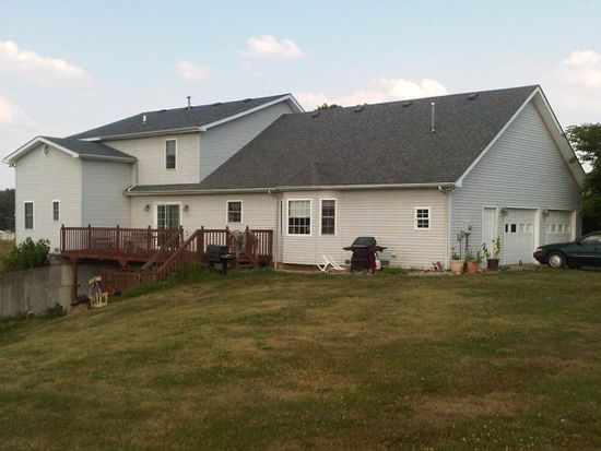 109 Old Horse Cave Rd, Cave City, KY 42127