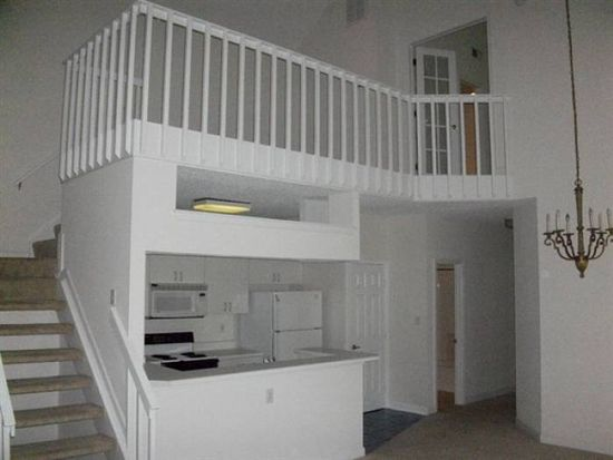 2312 Beach Haven Dr APT 302, Virginia Beach, VA 23451