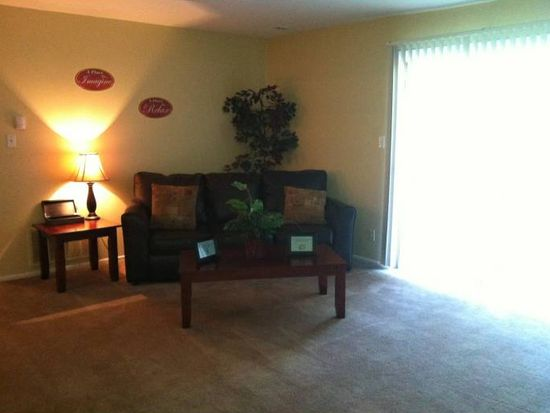 7135 Warrior Trl APT B, Indianapolis, IN 46260