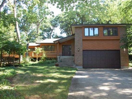3118 Whispering Oaks Ln, Woodridge, IL 60517