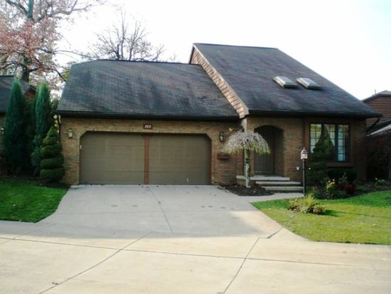 282 Delaware Pl, Akron, OH 44303