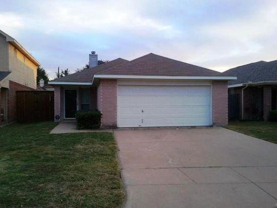 1151 Meadows Dr, Grand Prairie, TX 75052