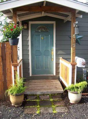 8102 SE Malden Ct, Portland, OR 97206