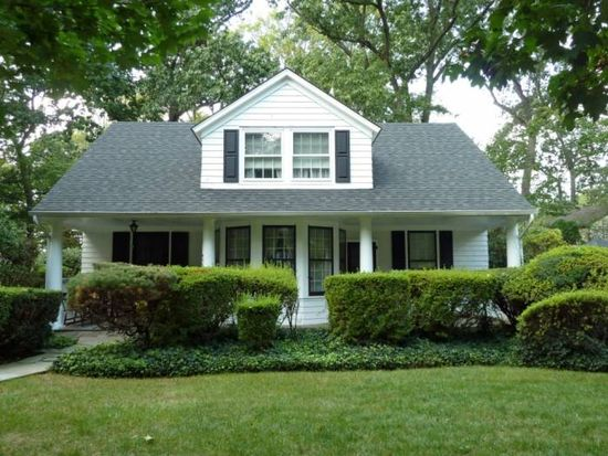 475 Summit Ave, Oradell, NJ 07649