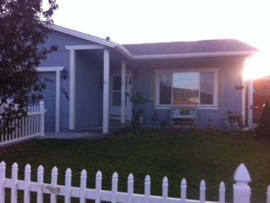 17940 Mama Bear Ct, Reno, NV 89508