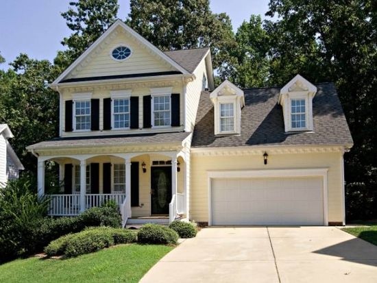 105 Country Valley Ct, Apex, NC 27502