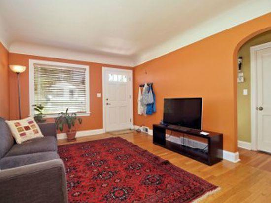 1651 NE 86th St, Seattle, WA 98115
