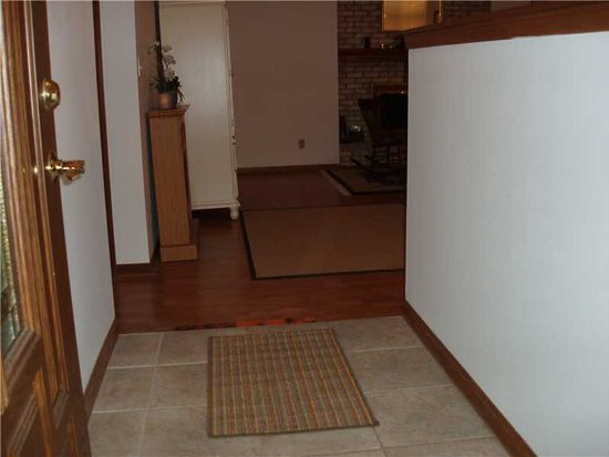 6040 Buck Trail Rd, Indianapolis, IN 46237