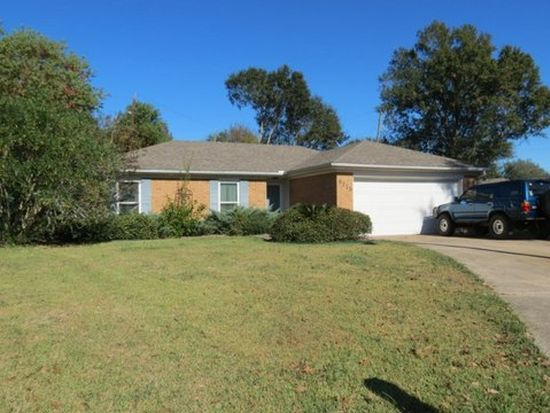 9215 Terry St, Beaumont, TX 77707