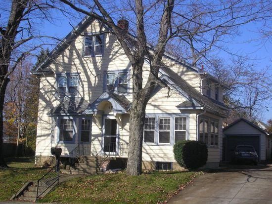 695 Pine St, Meadville, PA 16335