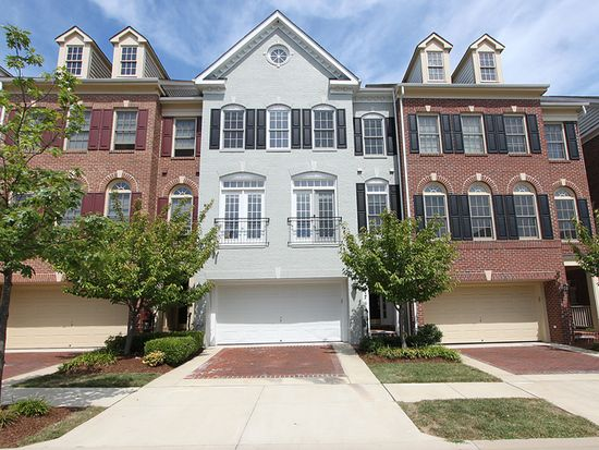 217 Oak Knoll Ter, Rockville, MD 20850
