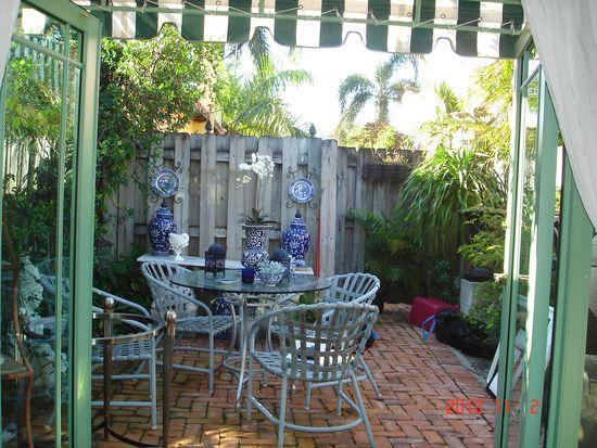 223 Lakeland Dr, West Palm Beach, FL 33405