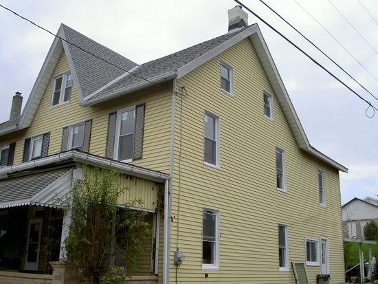 102 Chestnut St, Slatington, PA 18080