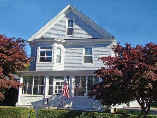30 Vaughan Ave, Newport, RI 02840