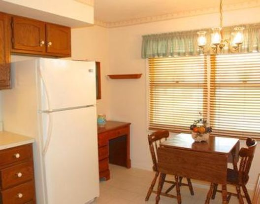 5843 Durham Ct, South Bend, IN 46614