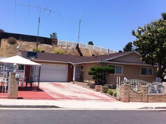254 68th St, San Diego, CA 92114