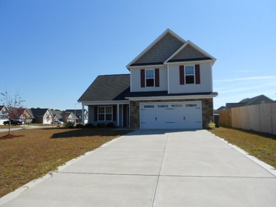 2620 Green Heron Dr, Fayetteville, NC 28306