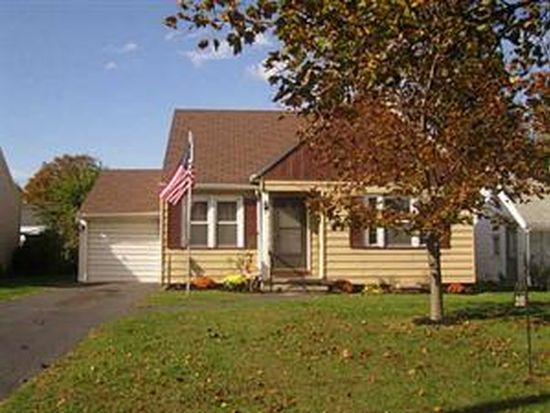 205 Cabot Rd, Rochester, NY 14626