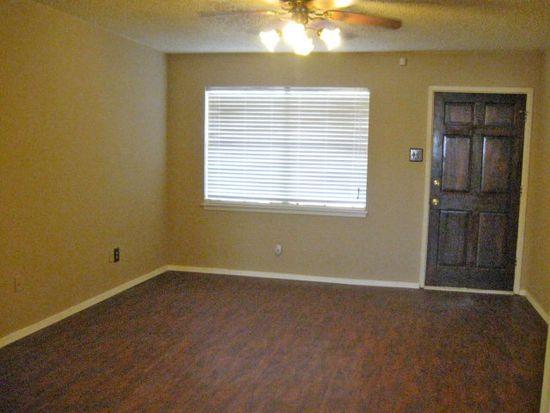 4611 Lehigh St, Lubbock, TX 79416