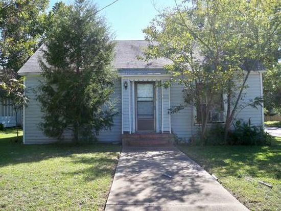 1713 Sycamore St, Commerce, TX 75428