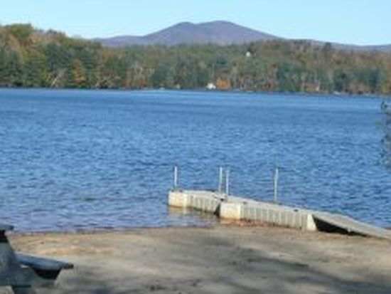 4 Heritage Dr, Wolfeboro, NH 03894