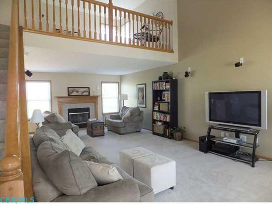 238 Olentangy Meadows Dr, Lewis Center, OH 43035