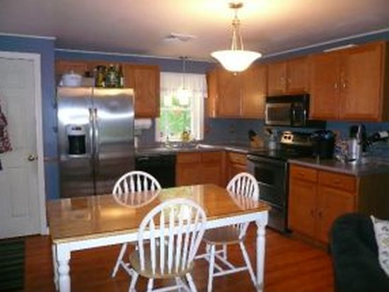 50 Eastern Ave, Rochester, NH 03867