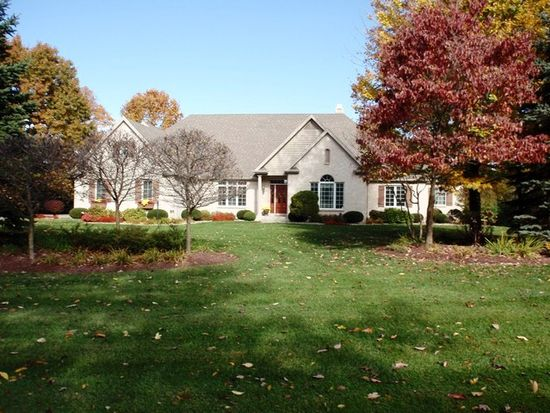 33058 Lake Forest Ct, Niles, MI 49120
