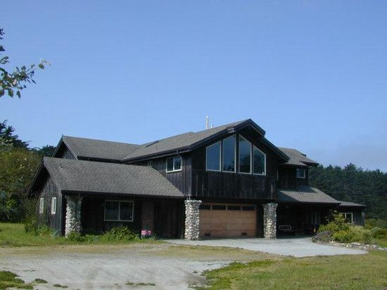 333 Cypress Ave, Moss Beach, CA 94038