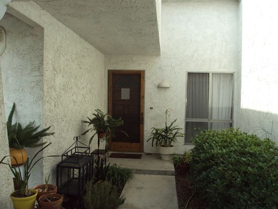 6620 Decanture St, San Diego, CA 92120