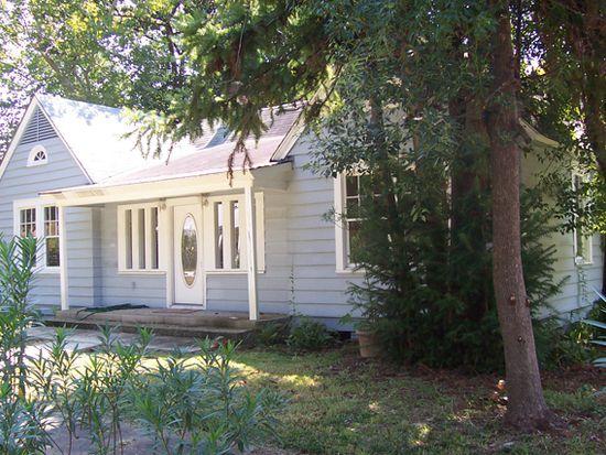 216 3rd St, Chickasaw, AL 36611