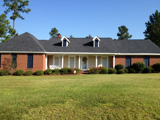 36 Sandy Ln, Hattiesburg, MS 39402