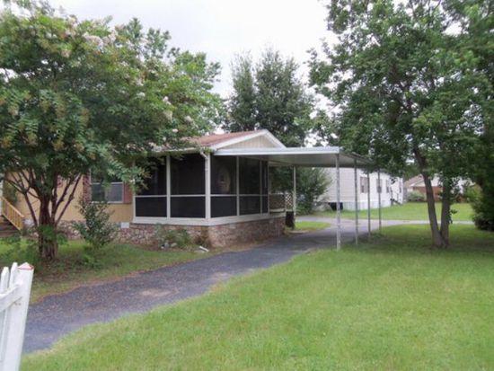 4 Browning Ave, Lakeland, GA 31635