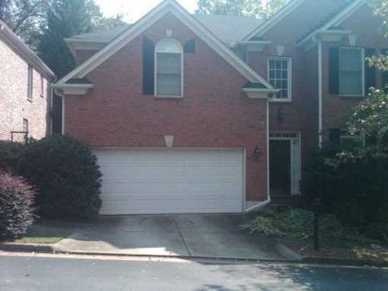1 Village Walk Dr, Decatur, GA 30030