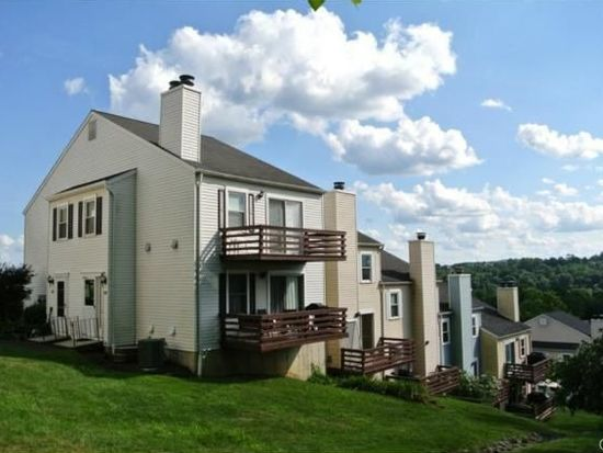 55 Mill Plain Rd UNIT 20-3, Danbury, CT 06811