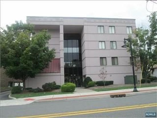 200 Paterson Ave APT 2G, East Rutherford, NJ 07073