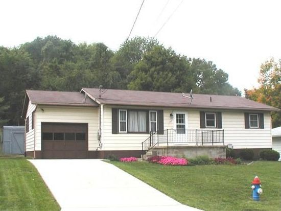 147 Shawnee Dr, Lancaster, OH 43130