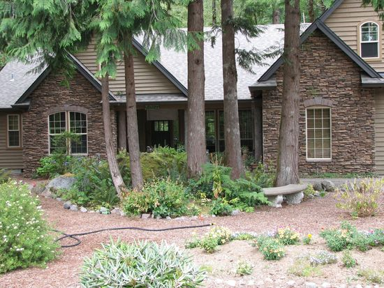 23472 E Windtree Loop, Rhododendron, OR 97049