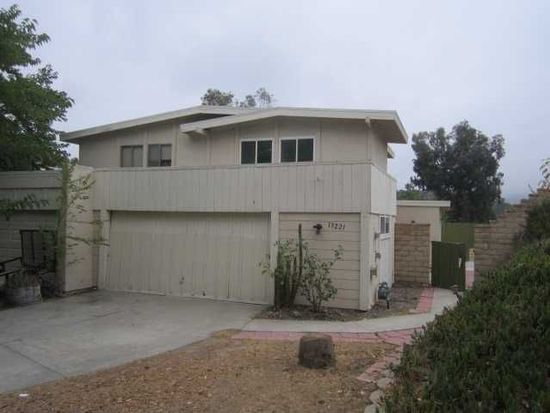 13221 Saddle Ridge Rd, Lakeside, CA 92040