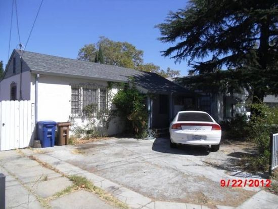 831 E 14th St, Pittsburg, CA 94565